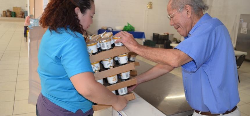 Entrega de Yoghurt a Instituciones Sociales en Chihuahua - FPZ