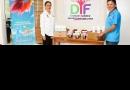 Donación de yogurt y vitaminas para el DIF