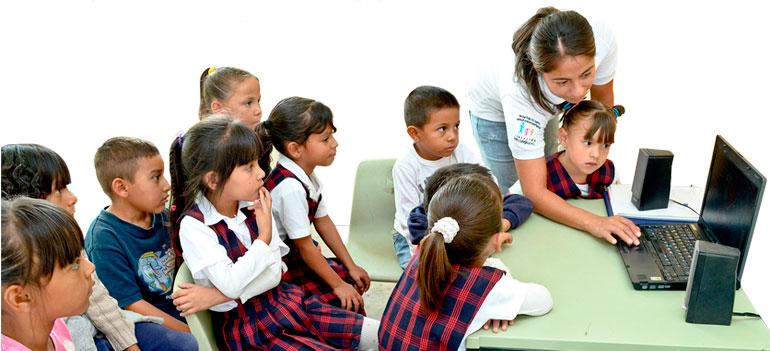Ayuda a los niños juarenses