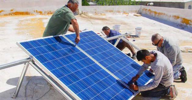 Instalacion de sistema de energia solar fotovoltaica
